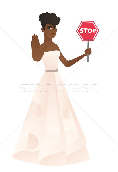 Verlobte halten stoppen Schild weißen Kleid Stock foto © RAStudio