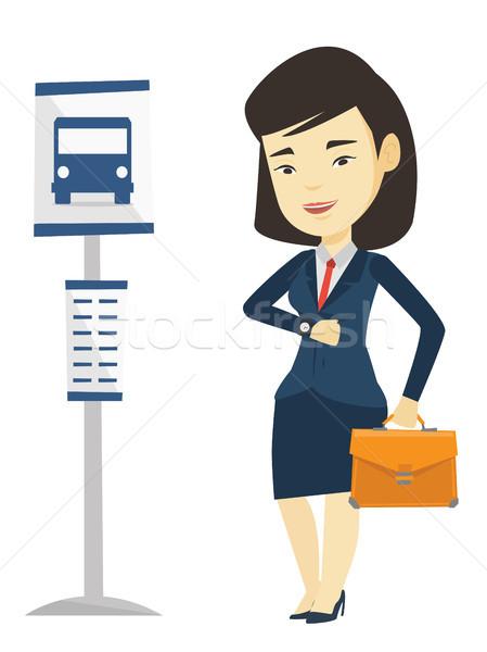 Kobieta czeka przystanek autobusowy asian business woman młodych Zdjęcia stock © RAStudio