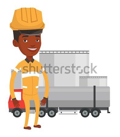 Trabalhador combustível caminhão Óleo planta asiático Foto stock © RAStudio