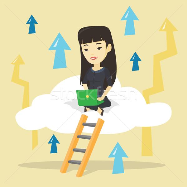 Сток-фото: деловой · женщины · сидят · облаке · ноутбука · азиатских · деловая · женщина