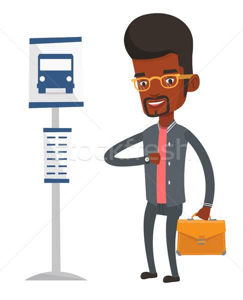 Człowiek czeka przystanek autobusowy teczki człowiek biznesu stałego Zdjęcia stock © RAStudio
