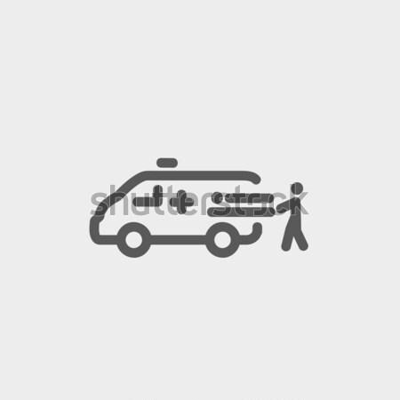 Hombre paciente ambulancia coche línea icono Foto stock © RAStudio
