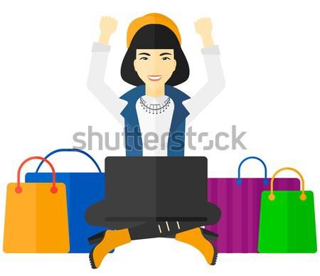 Stock fotó: Nő · készít · online · ül · laptop · kezek · magasban