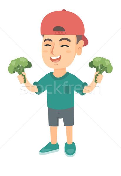 Kicsi kaukázusi fiú nevet tart brokkoli Stock fotó © RAStudio