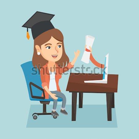 Photo stock: Diplômé · diplôme · ordinateur · étudiant · graduation · cap