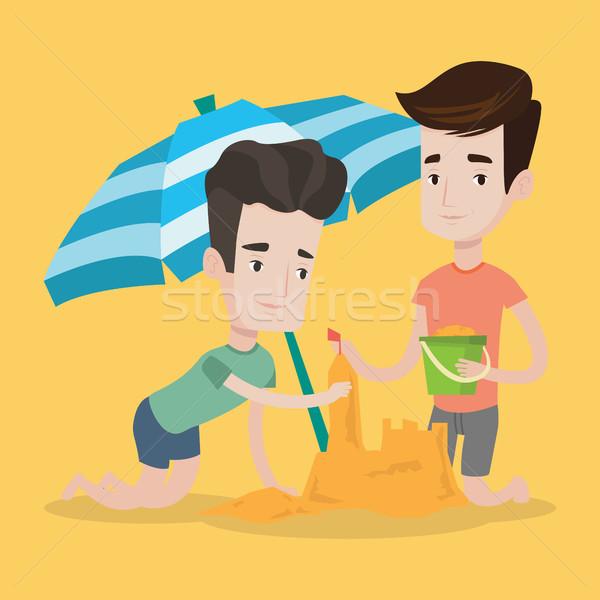 мужчины друзей здании двухуровневый стробирующий импульс пляж молодые Сток-фото © RAStudio