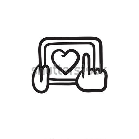 Stok fotoğraf: Eller · tablet · kalp · imzalamak · hat
