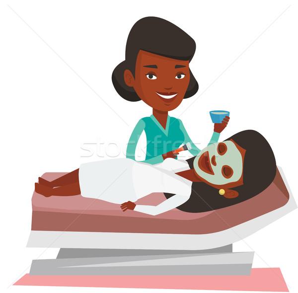 Vrouw schoonheidssalon procedure cosmetische masker Stockfoto © RAStudio