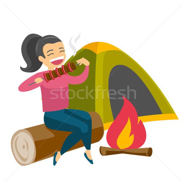 Mulher sessão fogueira camping caucasiano branco Foto stock © RAStudio