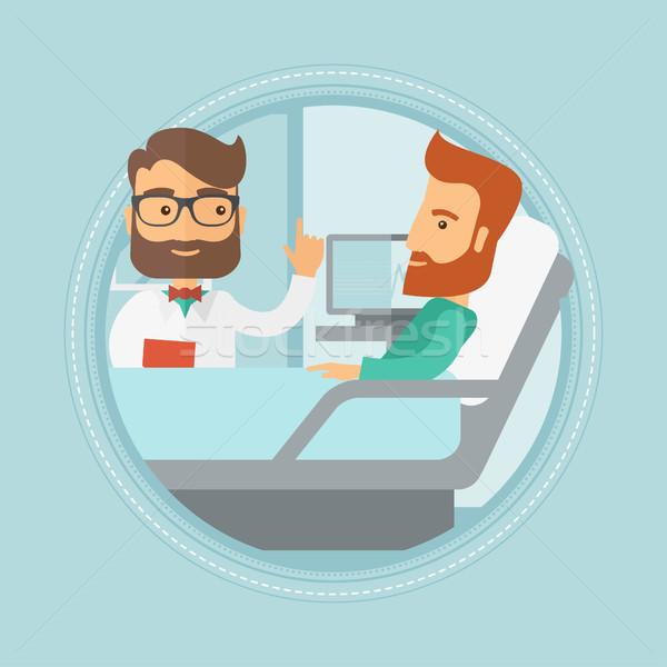 Сток-фото: врач · пациент · мужчины · больницу · указывая
