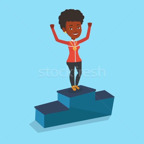 Stock fotó: Sportoló · ünnepel · nyertesek · pódium · aranyérem · felemelt · kezek