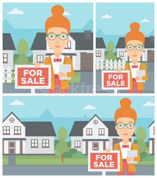 Agente immobiliare offrendo casa femminile mediatore Foto d'archivio © RAStudio