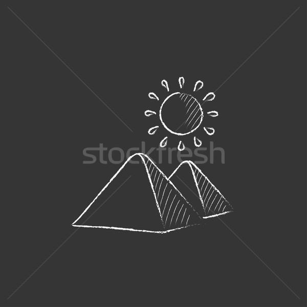 Egipcjanin piramidy kredy ikona Zdjęcia stock © RAStudio