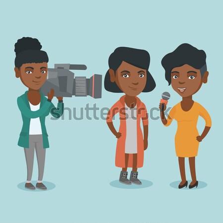 Reporter mikrofon wiadomości zawodowych kobiet Zdjęcia stock © RAStudio