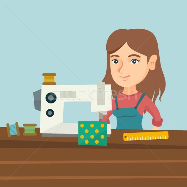 Máquina de costura oficina jovem caucasiano trabalhando pano Foto stock © RAStudio