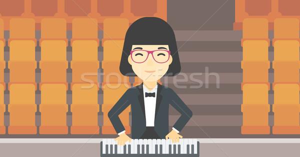 Vrouw spelen piano asian glimlachend muzikant Stockfoto © RAStudio