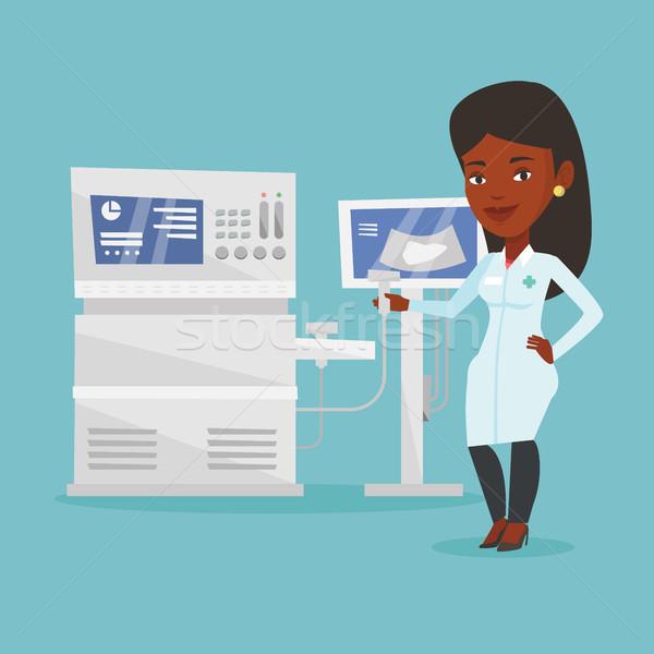 Homme ultrasons médecin scanner main opérateur Photo stock © RAStudio