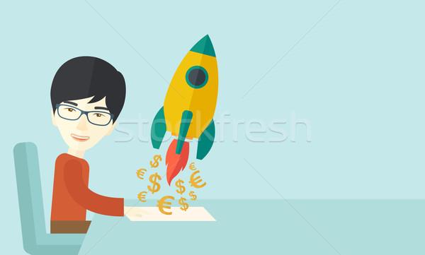 Chinês cara feliz começar para cima novo Foto stock © RAStudio