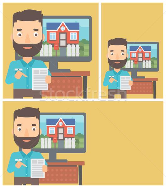 Foto d'archivio: Agente · immobiliare · offrendo · casa · uomo · barba