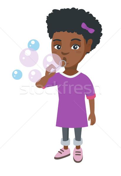 Stock fotó: Kicsi · lány · fúj · szappanbuborékok · készít · játszik