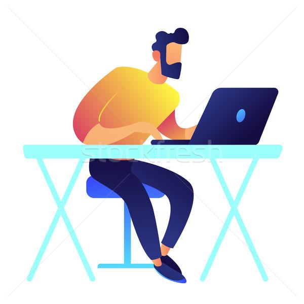 Programozós dolgozik laptop asztal specialista szabadúszó Stock fotó © RAStudio