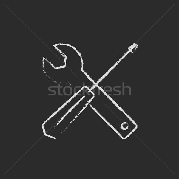 Сток-фото: отвертка · ключа · инструменты · икона · мелом