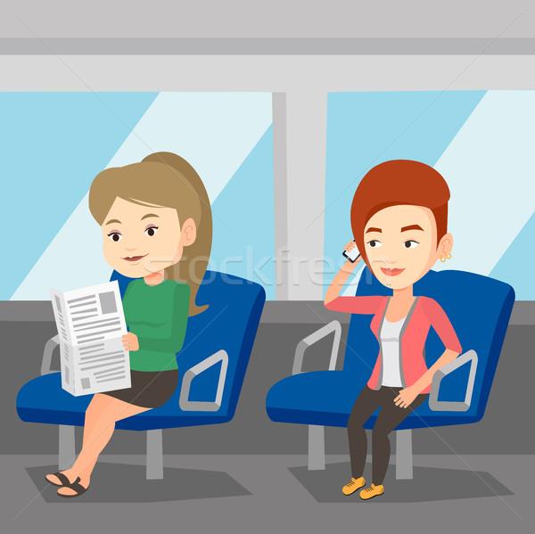 人 公共交通機関 女性 電話 読む ストックフォト © RAStudio
