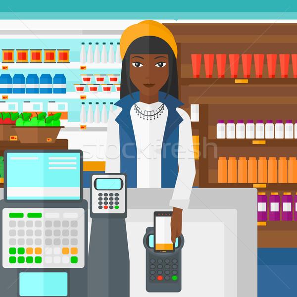 Vásárló fizet okostelefon nő áruház polcok Stock fotó © RAStudio