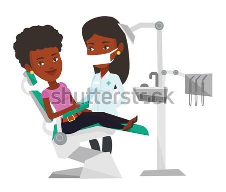 Stock fotó: Beteg · orvos · fogorvosi · rendelő · férfi · ül · fogászati