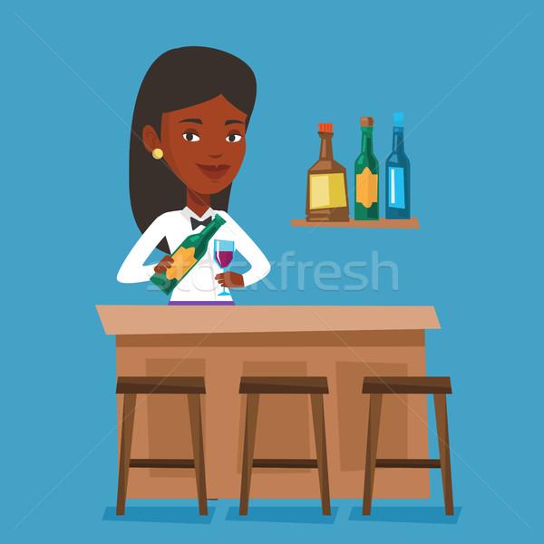 Barman permanente bar counter fles glas Stockfoto © RAStudio