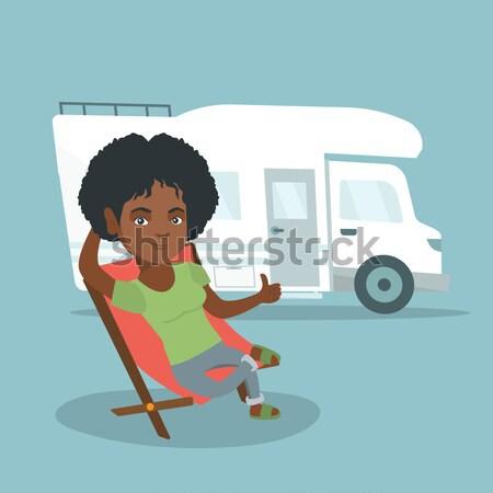 Nő ül szék lakókocsi furgon afrikai Stock fotó © RAStudio