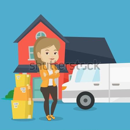 Nő mozog ház ázsiai háztulajdonos karton Stock fotó © RAStudio