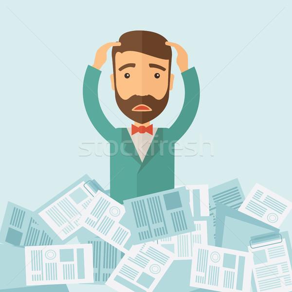 Homem trabalhar caucasiano documentos problema Foto stock © RAStudio