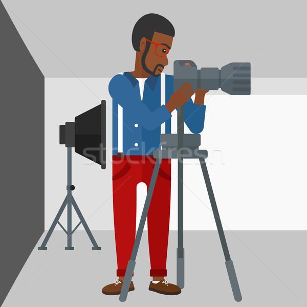 Fotógrafo trabalhando câmera homem foto Foto stock © RAStudio