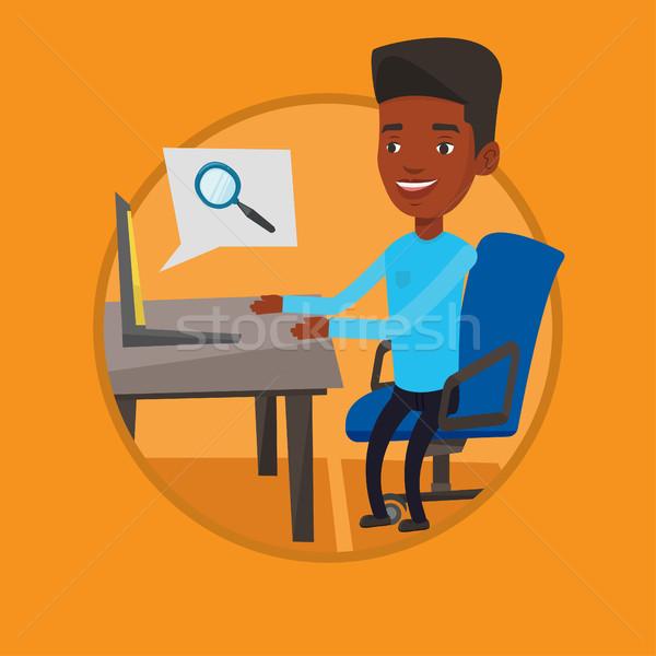 Stock fotó: üzletember · dolgozik · laptop · iroda · keres · információ