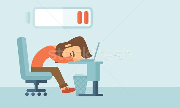Сток-фото: устал · сотрудник · молодые · сидят · таблице · низкий