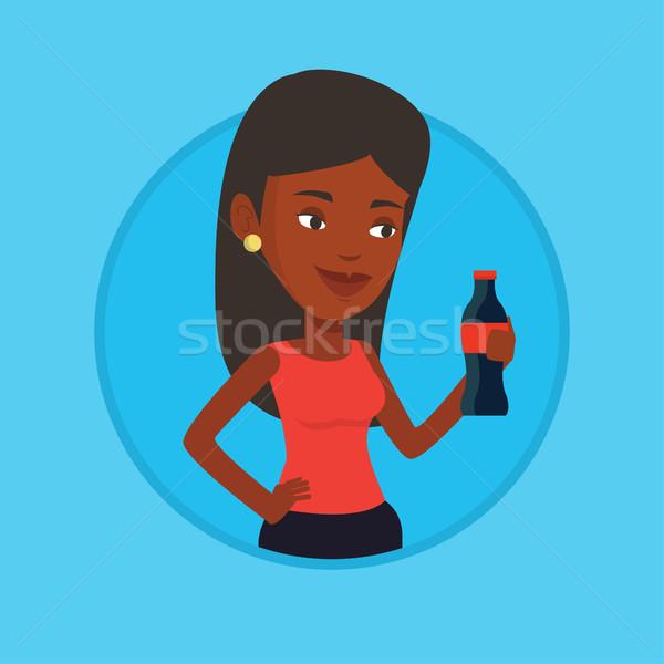 Mulher jovem potável soda mulher fresco Foto stock © RAStudio
