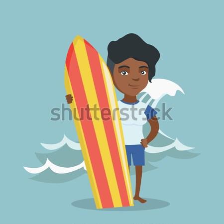 Szörfös tart szörfdeszka áll tengerpart fiatalember Stock fotó © RAStudio