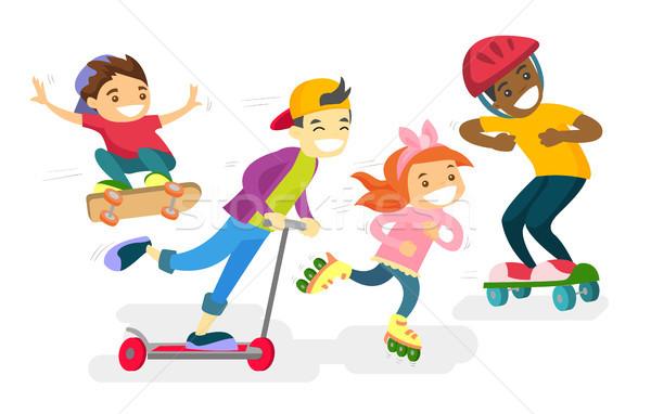 Groep kinderen spelen samen gelukkig Stockfoto © RAStudio