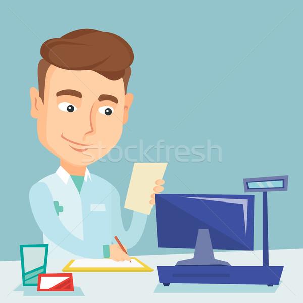 Farmacista iscritto prescrizione appunti medici Foto d'archivio © RAStudio