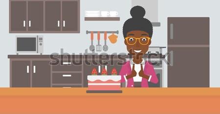 Mulher maçã bolo em pé cozinha mãos Foto stock © RAStudio