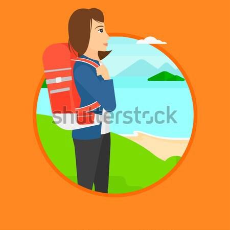 Vrouw rugzak wandelen jonge vrouw bergen vrouwelijke Stockfoto © RAStudio