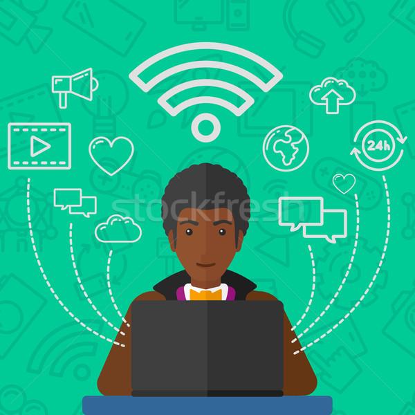 Stock fotó: Férfi · dolgozik · laptop · társasági · számítógép · hálózat