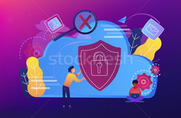Veiligheid man schild ontwikkelaar Stockfoto © RAStudio