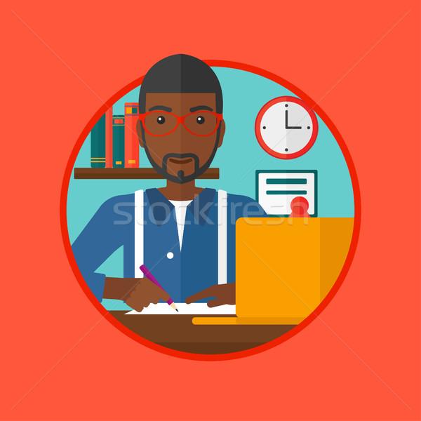 Student met behulp van laptop onderwijs vergadering bureau laptop Stockfoto © RAStudio