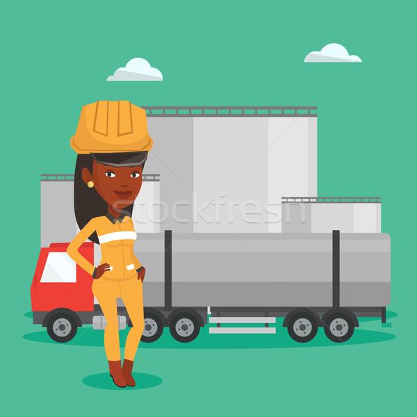 работник топлива грузовика нефть завода африканских Сток-фото © RAStudio