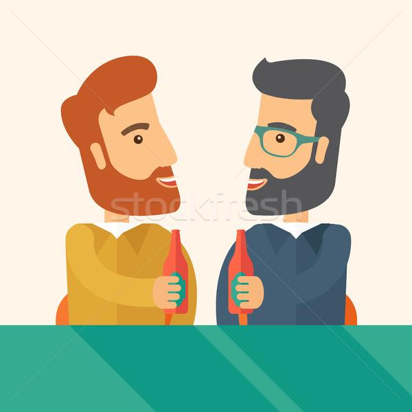 Stock foto: Zwei · Arbeitnehmer · trinken · Bier · Veröffentlichung