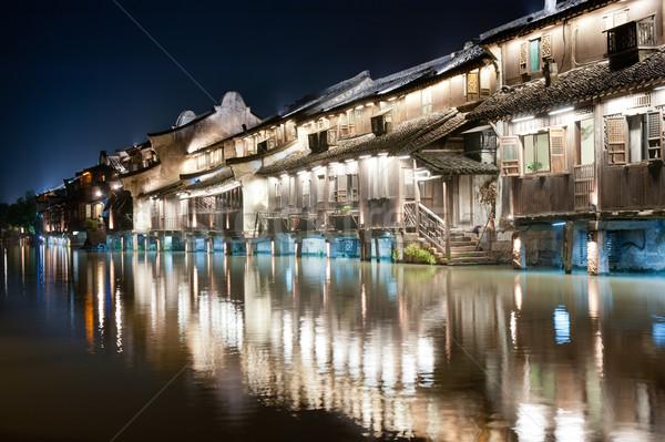 中国 村 建物 夜景 伝統的な 川 ストックフォト © raywoo