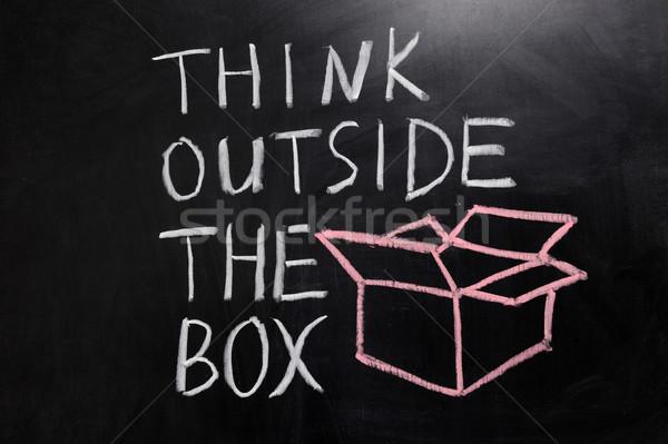 Denk buiten vak krijttekening business schrijven Stockfoto © raywoo