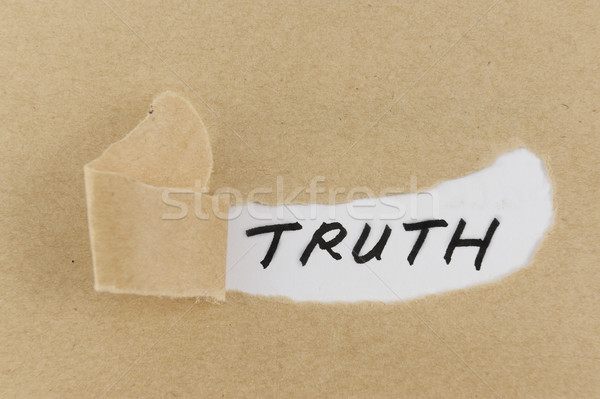 Waarheid woord gescheurd papier achter papier nota Stockfoto © raywoo